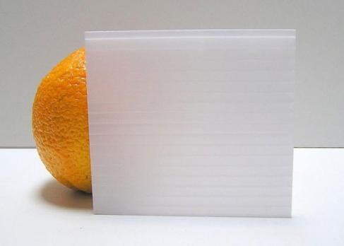 Молочный сотовый поликарбонат 4,0 мм, варианты применения 2