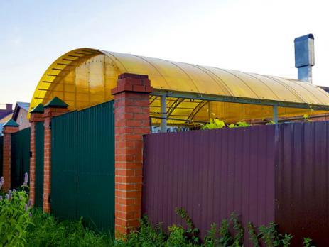 Жёлтый сотовый поликарбонат 10,0 мм, вариант применения 4