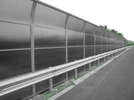 Серебристый сотовый поликарбонат 10,0 мм, варианты применения 4